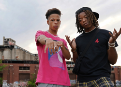 """video – Chicago Duo CGE Manifest M's in """"3 Commas"""" Visual"""