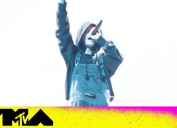 "Justin Bieber ft. The Kid LAROI Perform ""Stay"" & ""Ghost""   2021 VMAs"